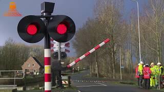 DUTCH RAILROAD CROSSING - Culemborg - Zeedijk