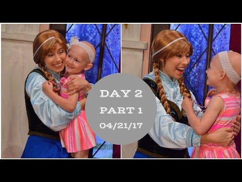Getting warm hugs from Anna & Elsa!   Disneyland vlog #18