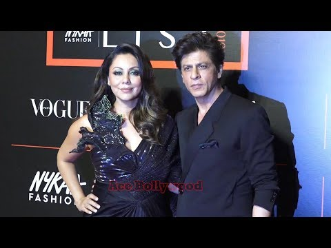 Shahrukh Khan & Gauri Khan At Vogue Nykaa Fashion Host Red Carpet Of 1st Fashion Awards