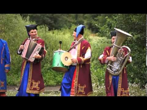 "13. ""Веселі музики"" - Ой, жаль. с. Хоменки, 2013р. (Ukrainian folk song)"