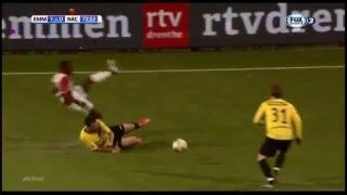 RED Card FC Emmen - NAC Breda (Kenny van der Weg)