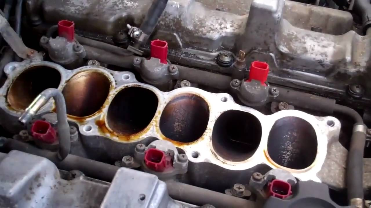 How to remove the upper intake plenum from a 90 96 nissan 300zx how to remove the upper intake plenum from a 90 96 nissan 300zx4 youtube vanachro Images