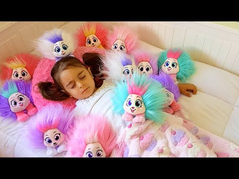Emily Woken by Playful Shnooks – Hairstyles with Celeste