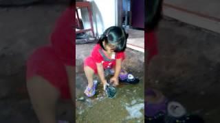 Lihatlah apa yang di lakukan anak usia di bawah 3 tahun ini!!!
