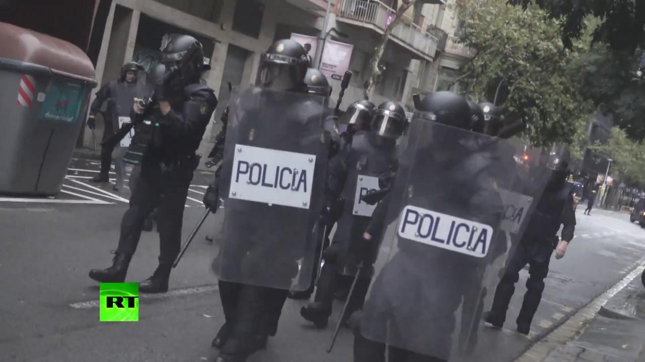 Наблюдатель о действиях испанской полиции: Власти хотели публично унизить каталонцев