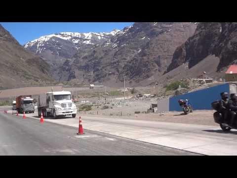 CAMIONES  EN CARACOLES-CHILE.