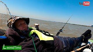 Лучше Плохой день на рыбалке чем Хороший на работе...