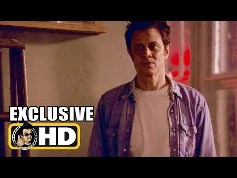 ROSY Exclusive s   2018 Johnny Knoxville
