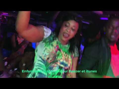 Dj arafat à l'ivoire discothèque paris avec Debordo leekunfa
