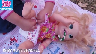 BABY ALIVE Super Snackin Sara Compilation: Feeding + Changing +Glow in the Dark Playdoh+ Park Outing