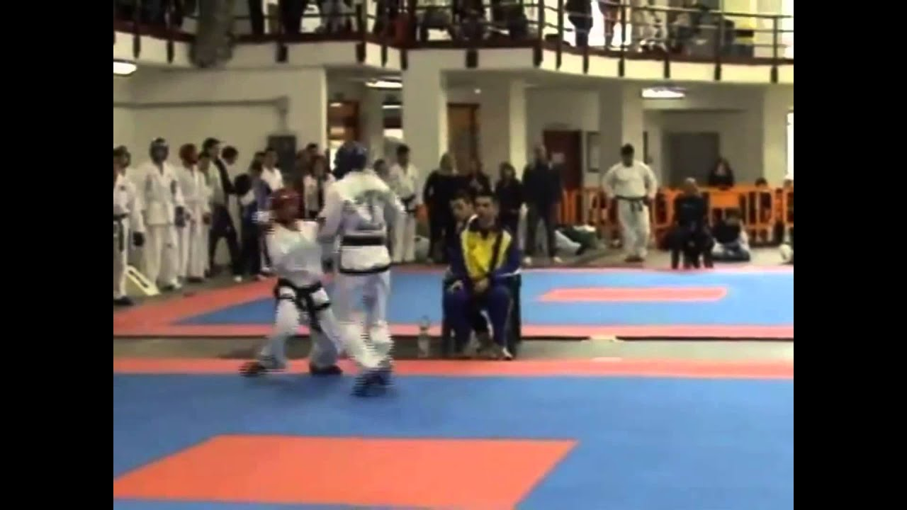 Sparring Like It's Chess | Julia Cross, Katya Solovey, Julio Carlos ITF Taekwon-Do Sparring