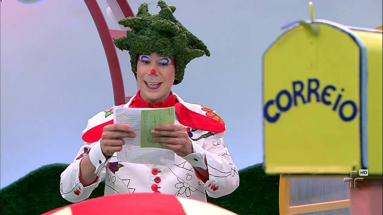 Correio da Dona Coruja - Quintal da Cultura - 08 01 2015 - YouTube 6a2bc9af31a