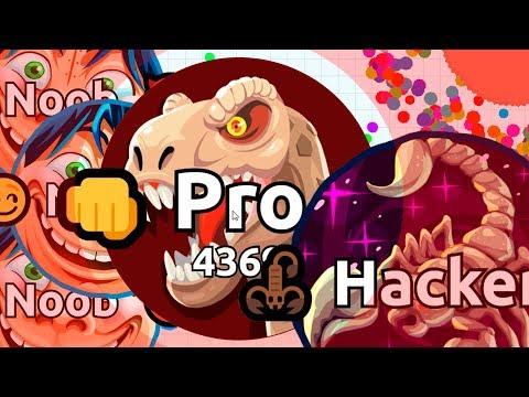 NOOB vs PRO vs HACKER in Agar.io Battle Royale