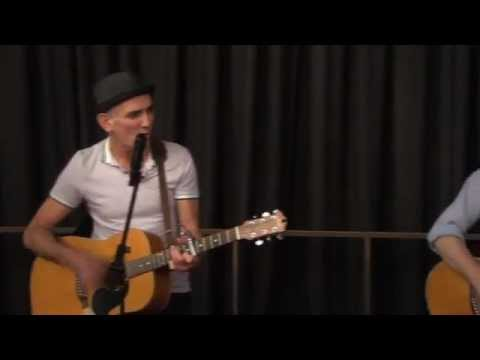 Neil Finn and Paul Kelly: Leaps And Bounds - Live At The House