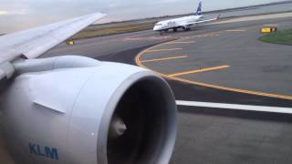 KLM ASIA Boeing 777-200ER Takeoff from John F. Kennedy International Airport