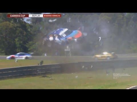Porsche Carrera Cup Brasil 2018. Race 1 Curitiba. Edu Azevedo Huge Crash Rolls