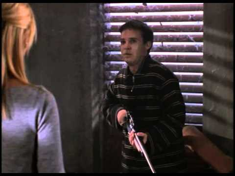 Buffy talks to Jonathan about pain