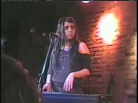 Stefani Germanotta band live at The Bitter End 1/20/06-Hollywood