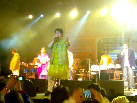 Falguni pathak garba in melbourne 2009