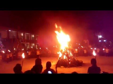 Hội trại truyền thống 26.03 THPT Lấp Vò 1: Đốt lửa trại