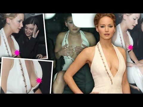 Top Hollywood Actress Shocking Wardrobe Malfunction