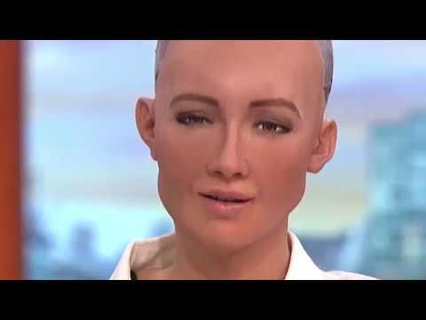 "Charli XCX ""Femmebot"" feat. Sophia"