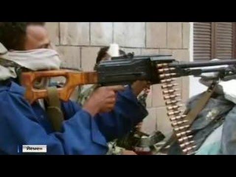 К границе Йемена приближается бронетехника