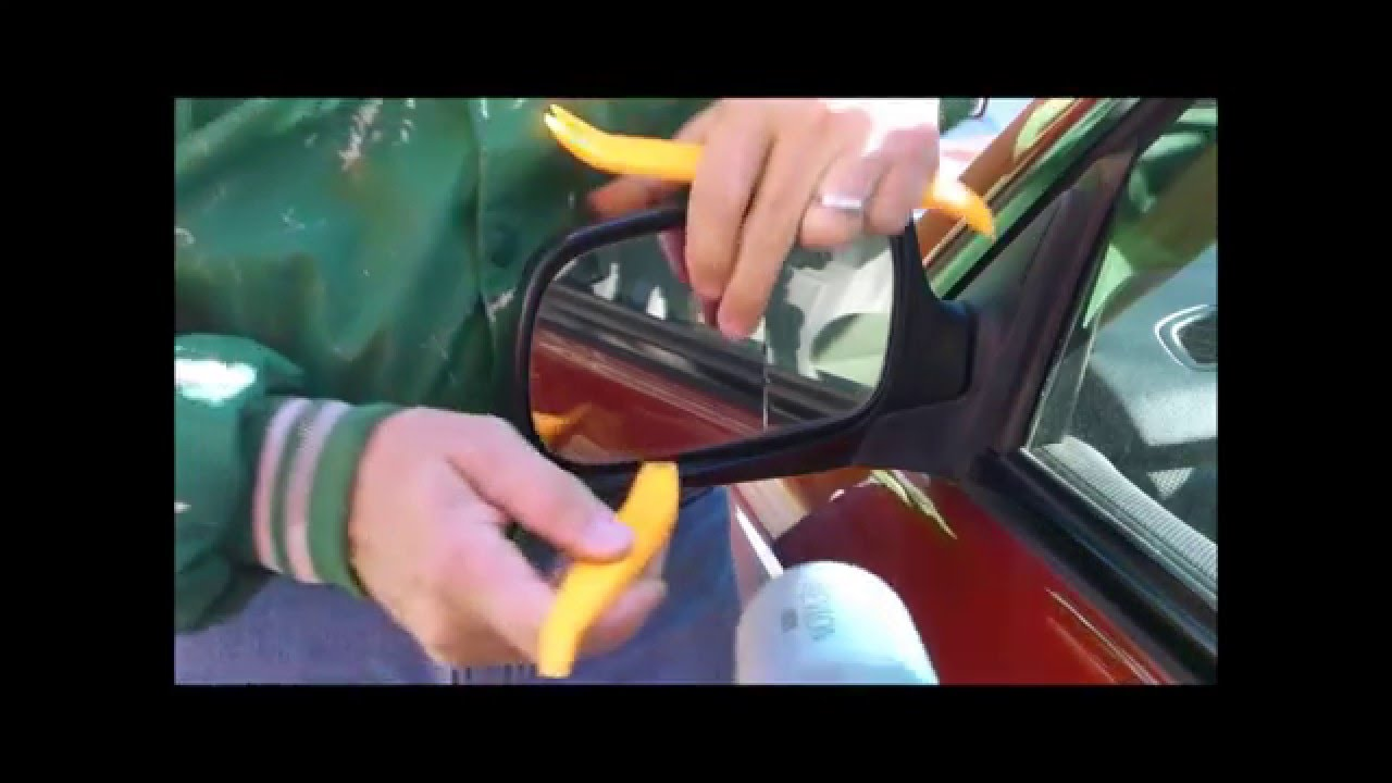 Replacing A Subaru Forester Side Mirror Glass Using A Hair
