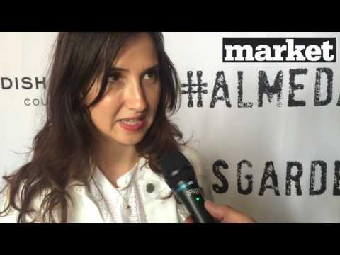 Aida Hadzialic lånar kläder i Almedalsgarderoben