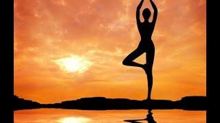 Йога для начинающих. Йога упражнения(Йога для начинающих. Йога упражнения. В этом видео Вы увидите простые упражнения для йоги для начинающих...., 2015-10-26T09:15:17.000Z)