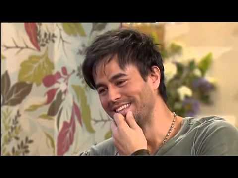 Enrique Iglesias & Nicole Scherzinger - Interview - This Morning - October 2010