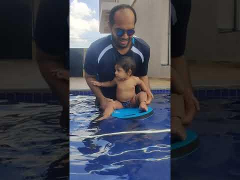 floating in pool@hrido❤️