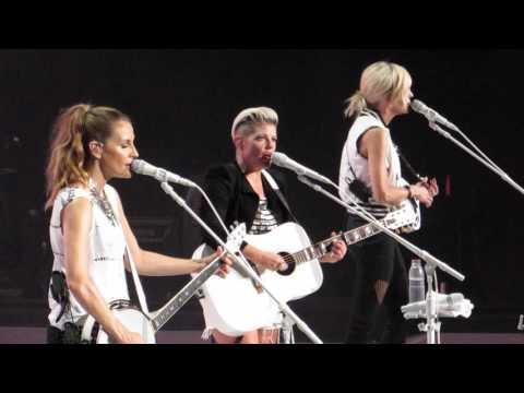 Dixie Chicks - Landslide - LIVE HD