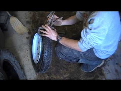 How to change a tire at home with simple tools
