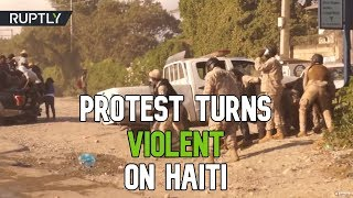 Haitians' march to US embassy in Port-au-Prince turns violent