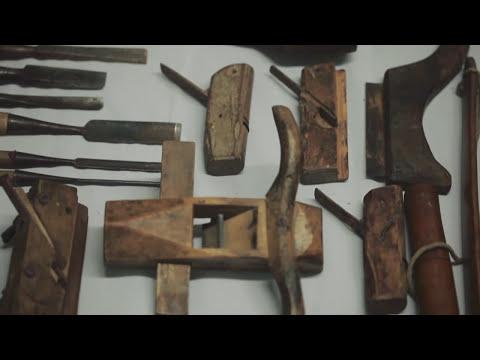 Wood Joints iOS App-behind the App