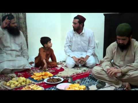 Madina PaakHazri 2012NaatKabhi us Shaks kay Aiboo ka Charcha ho nahi Sakta