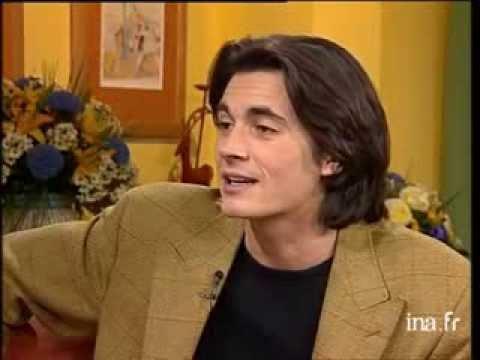 Olivier Minne interview Carlos à propos de l'éducation qu'il a reçu - Nov 1996