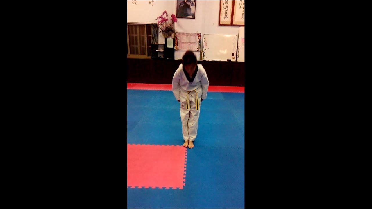 跆拳道太極一章(伸港跆拳道訓練中心)教學影片 - YouTube