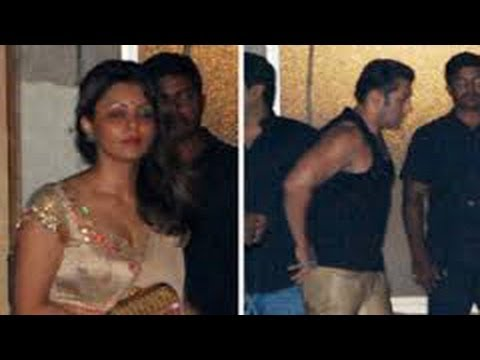 EXCLUSIVE: Gauri Khan SPOTTED At Salman Khan's Diwali Bash