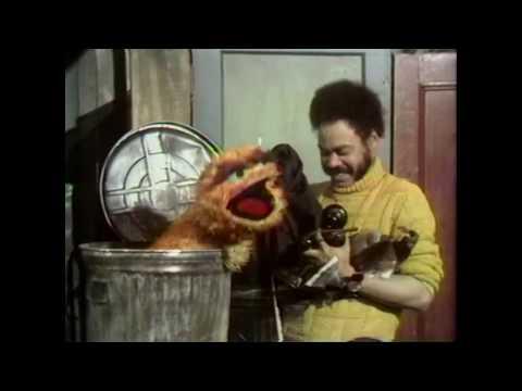 Muppet Songs: Oscar the Grouch - I Love Trash