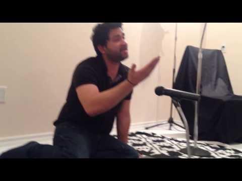 Ali Rizvi reading Ali(AS) azal se and Likhoon to kia likhoon bhala Majlis 2013