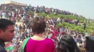 Smt. Priyanka Gandhi Vadra begins тАШGanga YatraтАЩ from Prayagraj to Varanasi