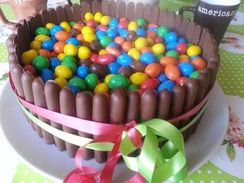 gâteau-au-chocolat-et-m&m's-sans-gluten-gluten-free-chocolat-and-m&m's-cake