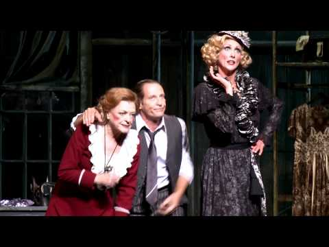 Annie at the Lyric Theatre Sydney Opening Preview from The Theatre Show Season 3 Ep1