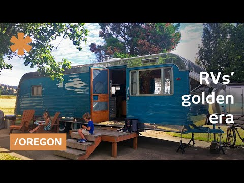 Long & short stays in classic mobile homes at Oregon RV park