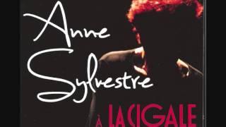 """Anne Sylvestre """"Les rescapés des fabulettes"""" en concert à La Cigale"""