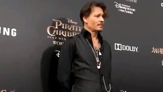 johnny depp at pirates of the caribbean 5 premiere