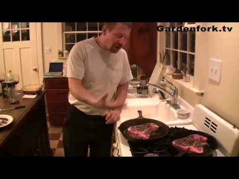 How to cook Steak Au Poivre / Peppercorn Steak Recipe on Gardenfork!
