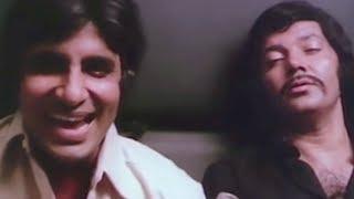 Amitabh Bachchan thrown off the train by Prem Chopra | Do Anjaane | Bollywood Scene 19/31